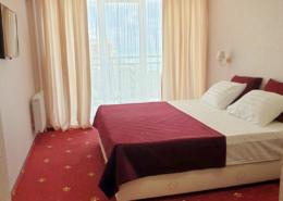 Стандарт двухместный гранд-отеля Абхазия