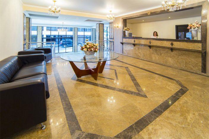 Служба приема и размещения гостей Grand Hotel Gagra