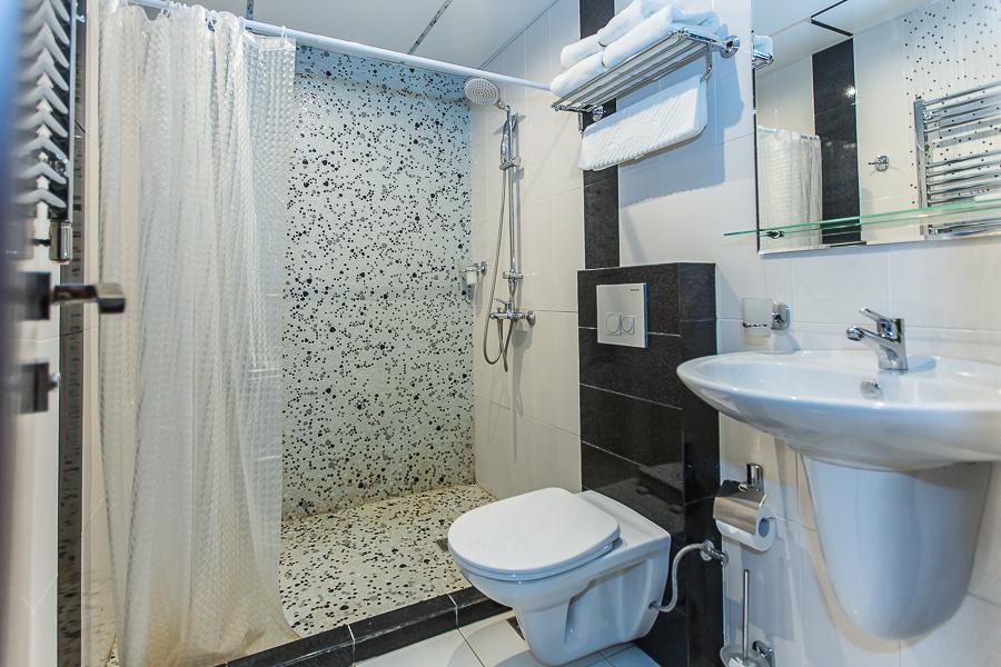 Туалетная комната Стандартного номера Grand Hotel Gagra