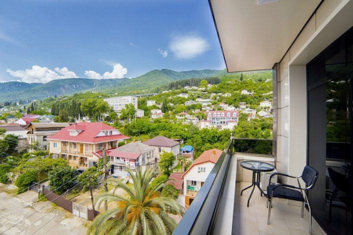 Вид с балкона Стандартного номера Grand Hotel Gagra