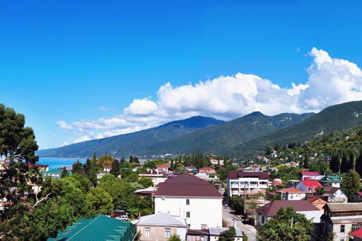 Вид на город из Grand Hotel Gagra