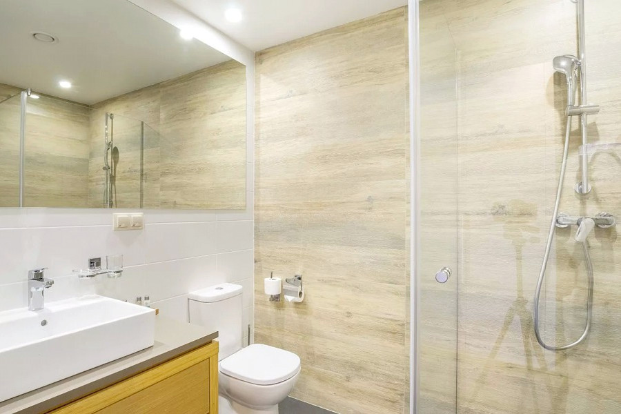 Туалетная комната номера Superior в Green Flow Hotel