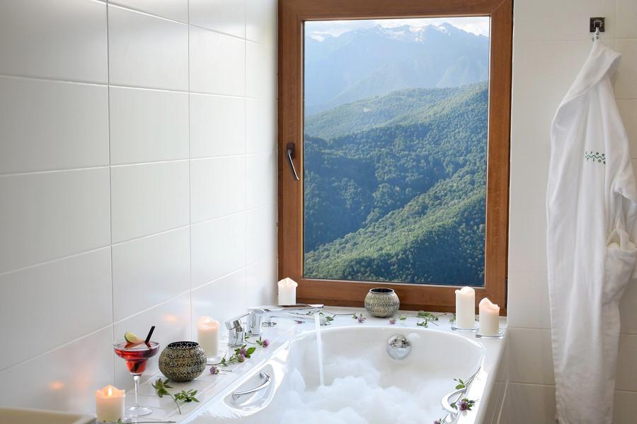 Panorama Suite с балконом и видом на горы Green Flow Hotel