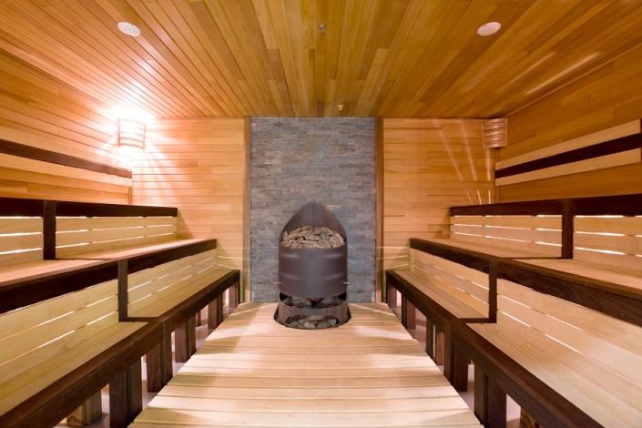 Финская сауна в спа-комплексе Green Flow Hotel