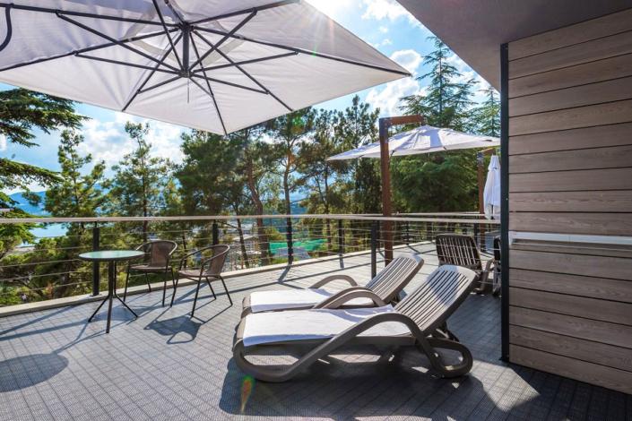 Улучшенный двухместный номер с террасой и раздельными кроватями отеля Грин Парк