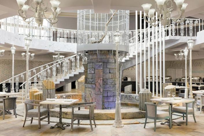 Ресторан Ливадия на территории отеля Грин Парк