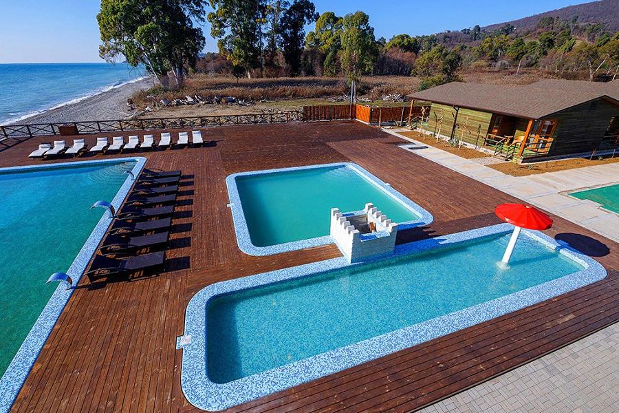 Бассейны отеля Green Terrace