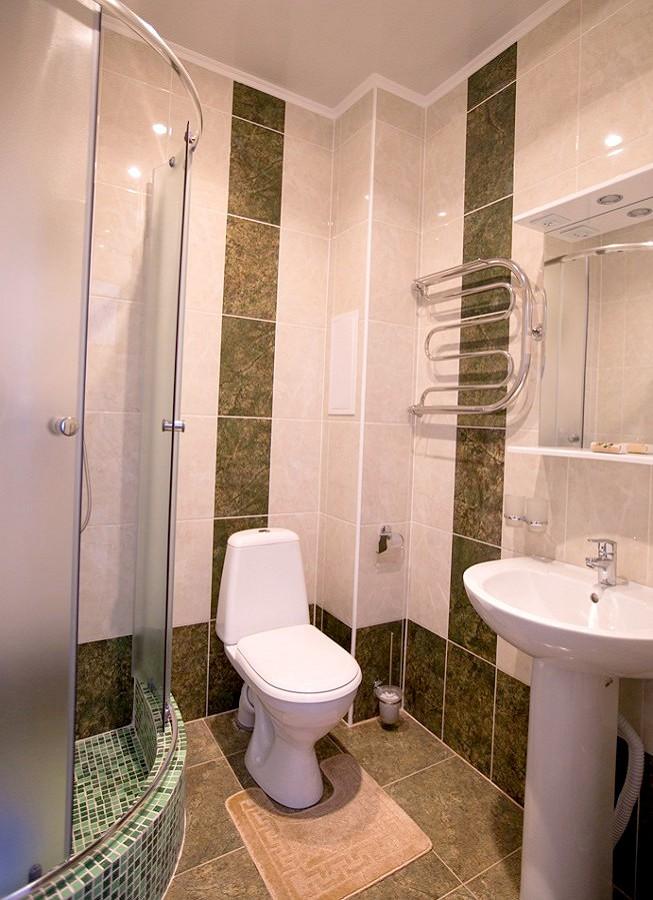 Туалетная комната в Стандартном номере пансионата Гренада, Лазаревское, Сочи