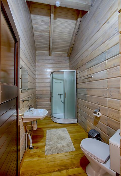 Туалетная комната номера Люкс двухкомнатный гостиницы Грифон