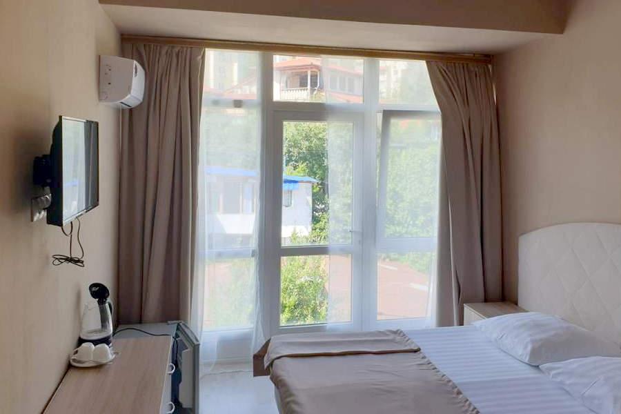 Стандарт двухместный с видом на горы в отеле Gurzuf Sunrise