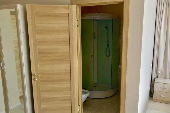 Туалетная комната номера Полулюкс в отеле Gurzuf Sunrise