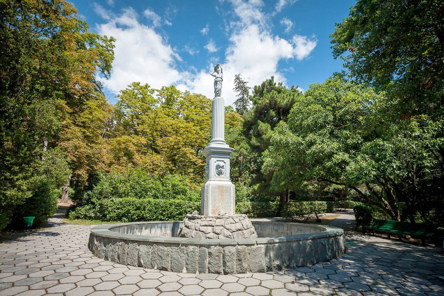 Парк санатория Гурзуфский