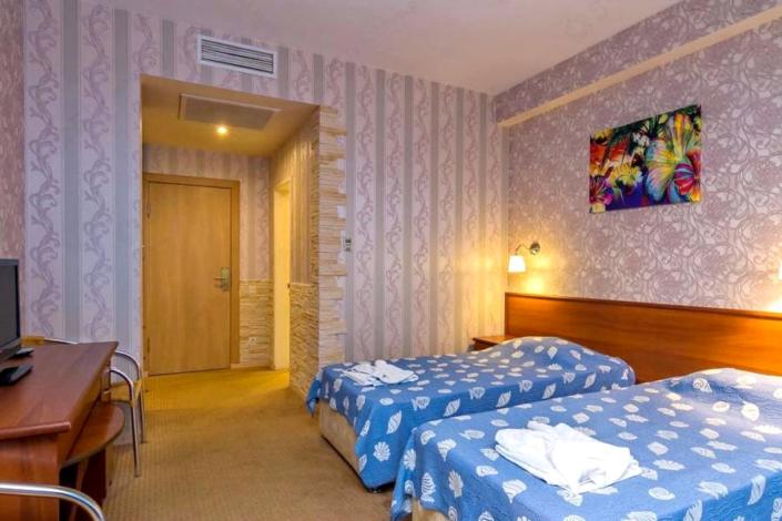 Стандарт двухместный апарт-отеля Holiday