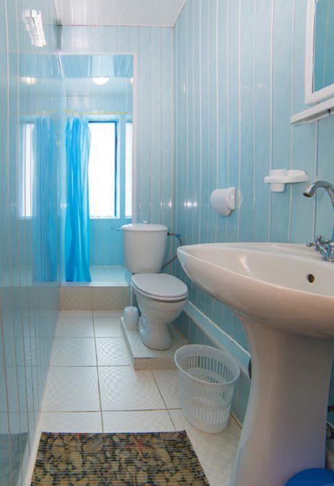 Туалетная комната Стандартного двухместного номера в корпусе Репруа