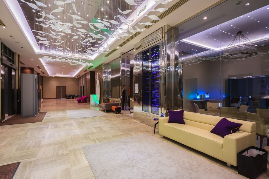 Холл отеля Ibis Styles Krasnaya Polyana