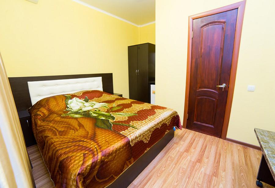 Стандартный двухместный номер отеля Илиос, Гагра, Абхазия