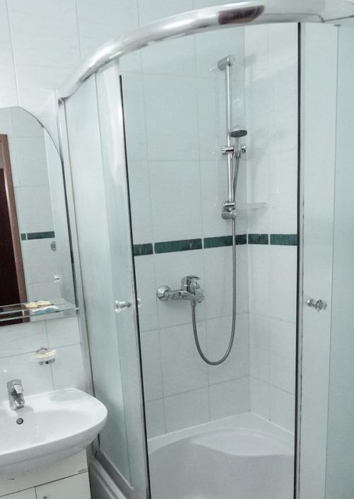 Туалетная комната номера Стандарт в СОК Импери