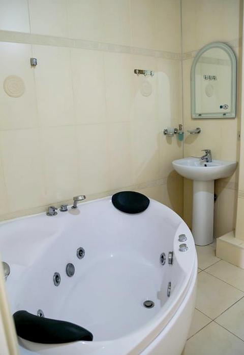 Туалетная комната номера Люкс отеля Индисан
