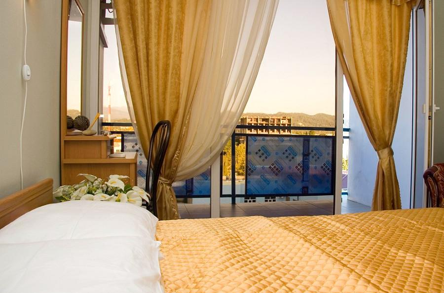 Номер Люкс двухместный двухкомнатный гостиницы Интер-Сухум, Абхазия