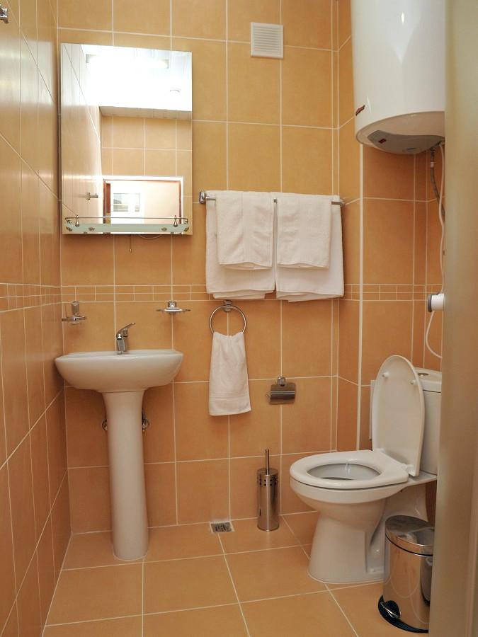 Туалетная комната в номере пансионата Ирэн