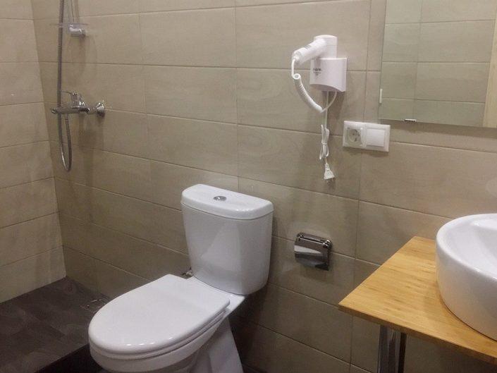Туалетная комната в коттедже пансионата Ирэн