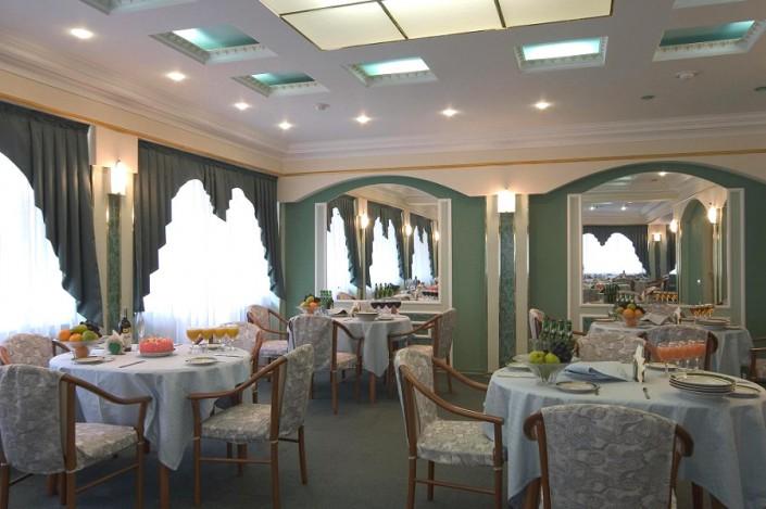 Ресторан пансионата Изумруд, Сочи
