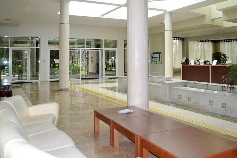 Холл пансионата Изумруд, Сочи