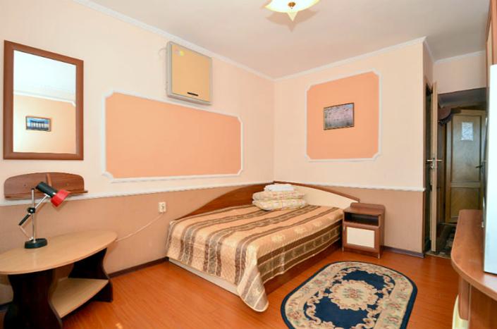 Эконом одноместный в Корпусе 2 санатория Киев