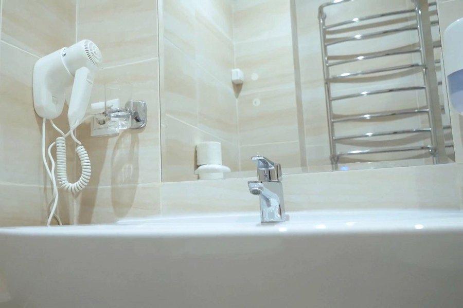 Туалетная комната номера Престиж санатория им. Кирова