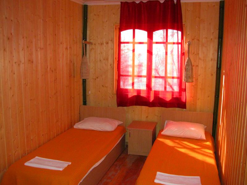 Обстановка в коттедже курортного комплекса Камарит