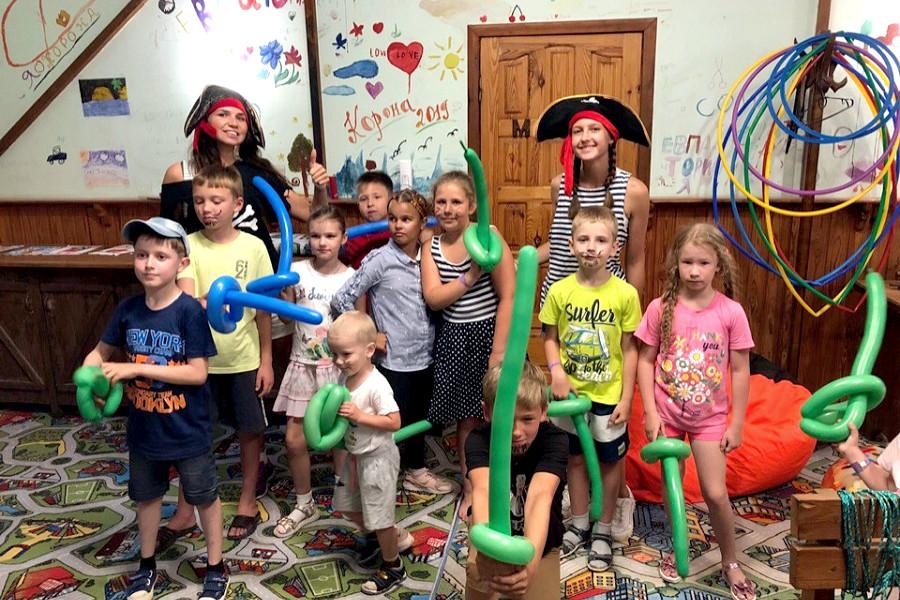 Детская комната отеля Корона