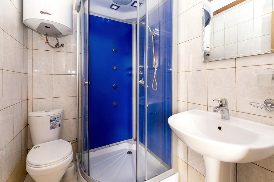 Туалетная комната в номере отеля Ковчег, Лдзаа, Пицунда, Абхазия
