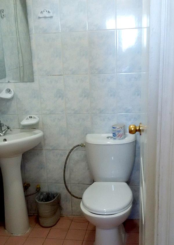 Туалетная комната номера Эконом в санатории Крымские зори