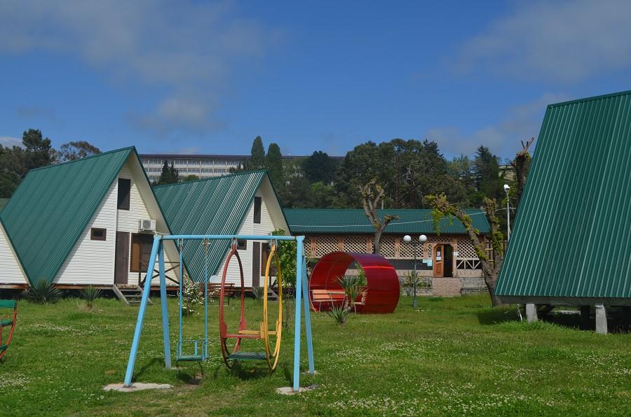 Детская игровая площадка на территории пансионата Кяласур
