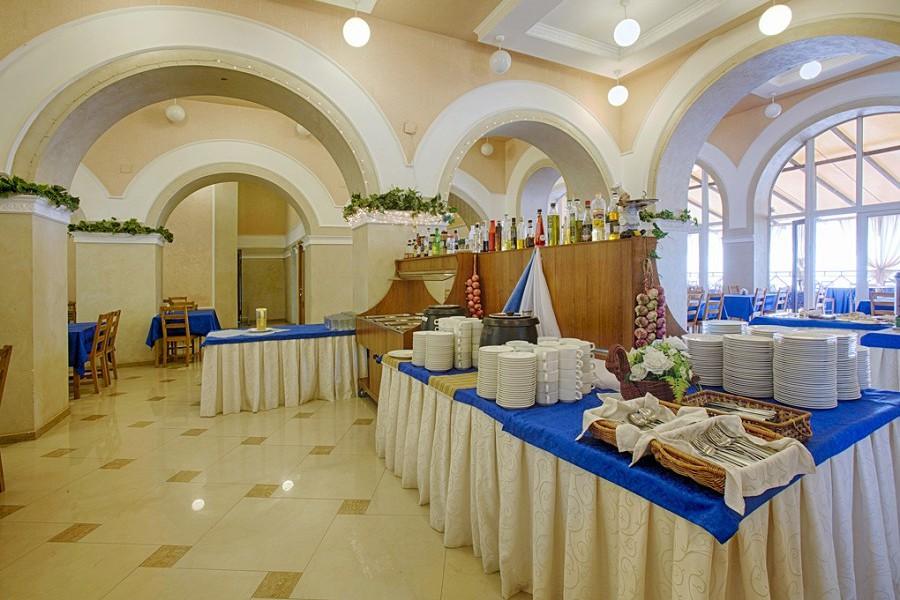 Столовая пансионата Лазурный берег, Гагра, Абхазия