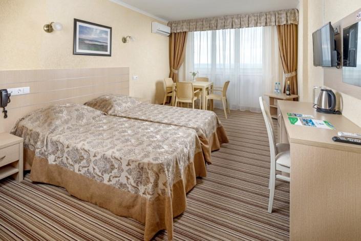 Люкс двухместный парк-отеля Лазурный берег