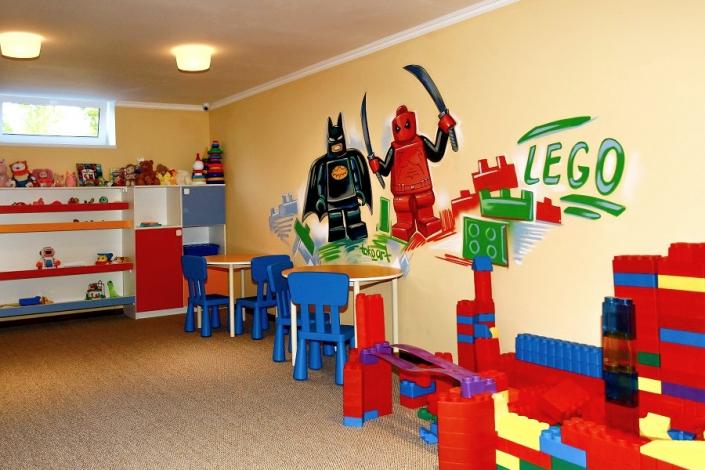 Детский клуб парк-отеля Лазурный берег