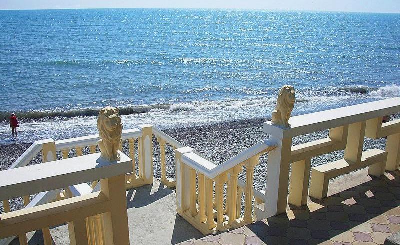 Пляж санатория Лазурный берег, Сочи