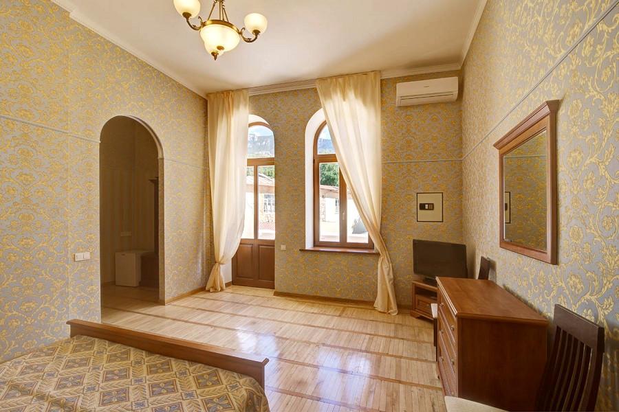 Полулюкс Улучшенный двухместный с верандой в курортном комплексе Лиго Морская