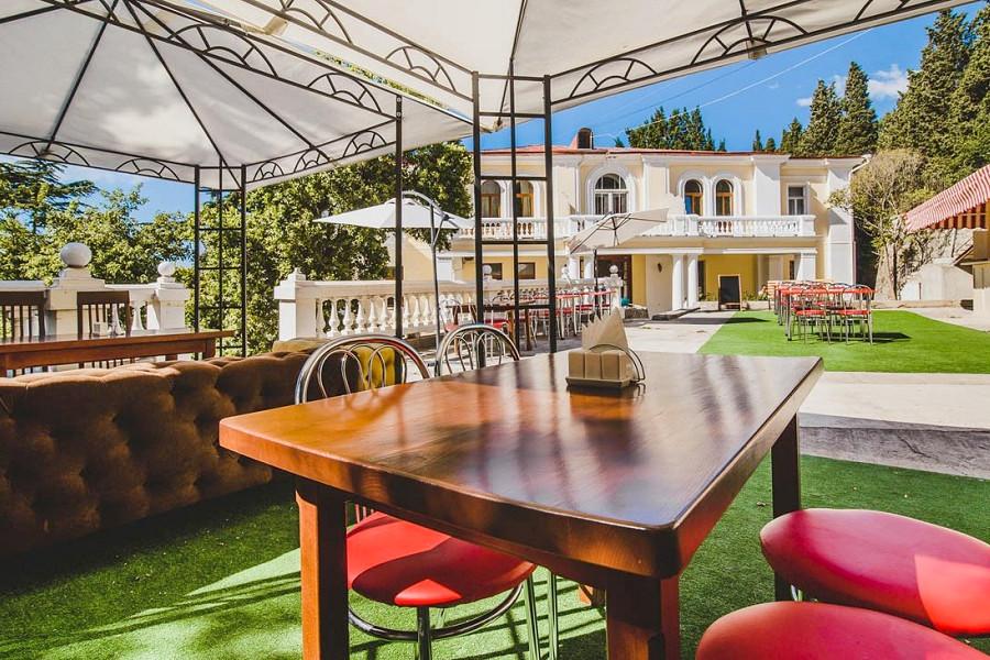 Кафе курортного комплекса Лиго Морская