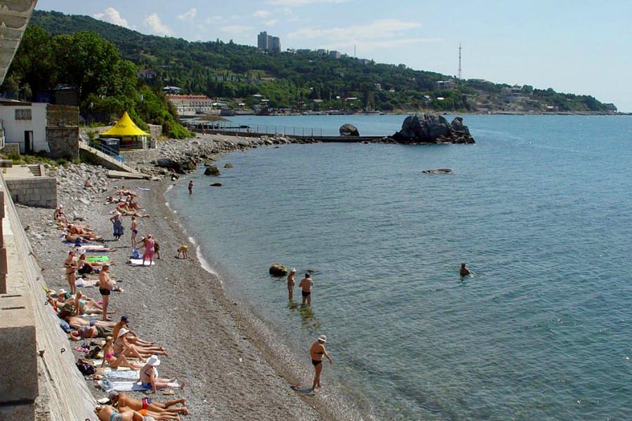 Пляж курортного комплекса Лиго Морская