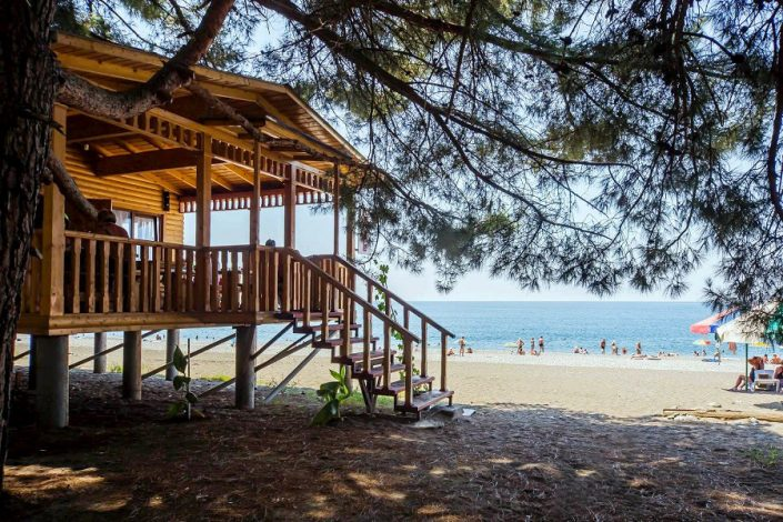 Кафе на пляже пансионата Литфонд