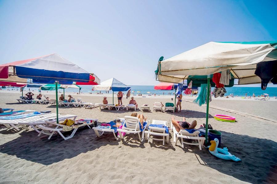 Пляж пансионата Литфонд, Пицунда, Абхазия