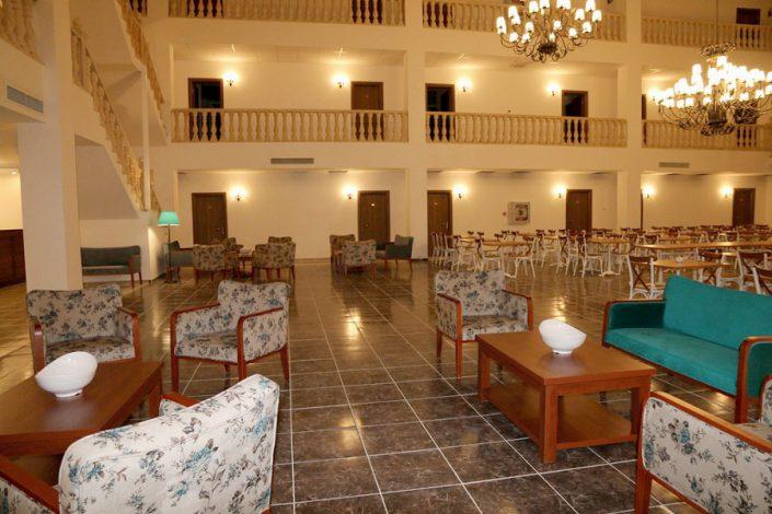 Холл отеля Lucette