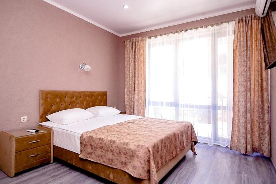 Семейный четырехместный двухкомнатный отеля Мадрид Парк 2