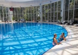 Крытый бассейн санатория Магадан
