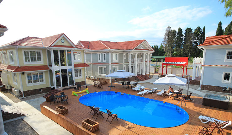 Летний бассейн Maxx Hotel, Гудаута, Абхазия