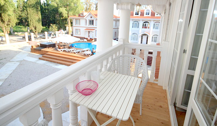 Балкон одного из номеров в Maxx Hotel, Гудаута, Абхазия