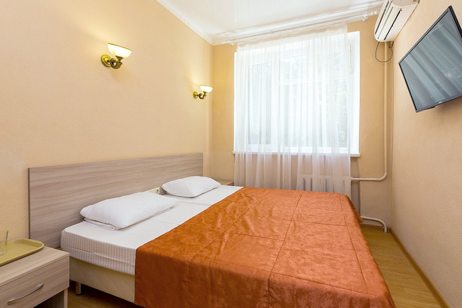 Стандарт четырехместный отеля Боспор, Анапа