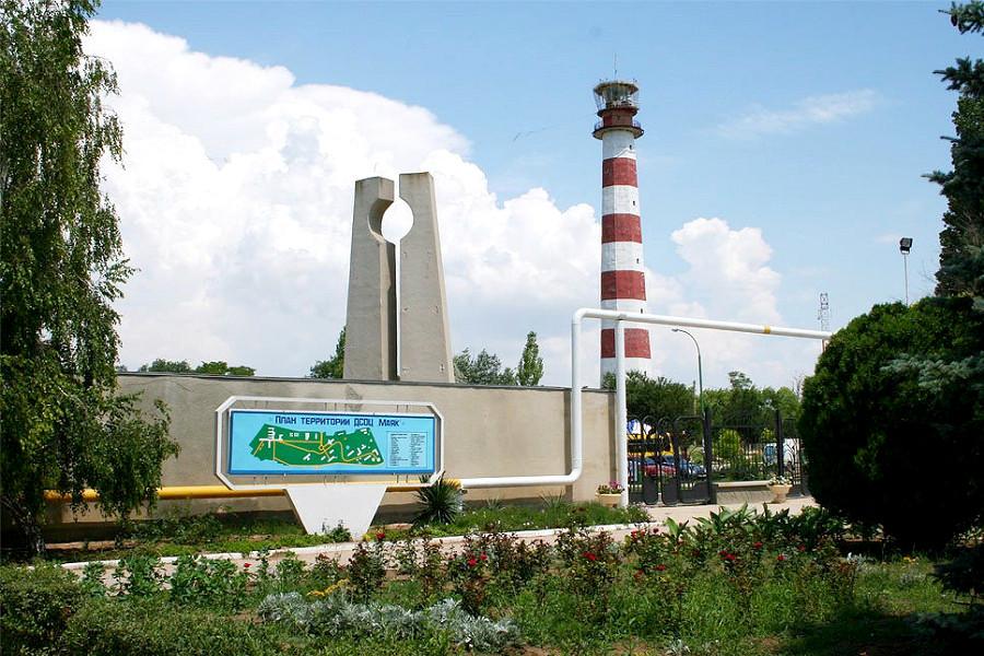Евпаторийский маяк на территории санатория Маяк